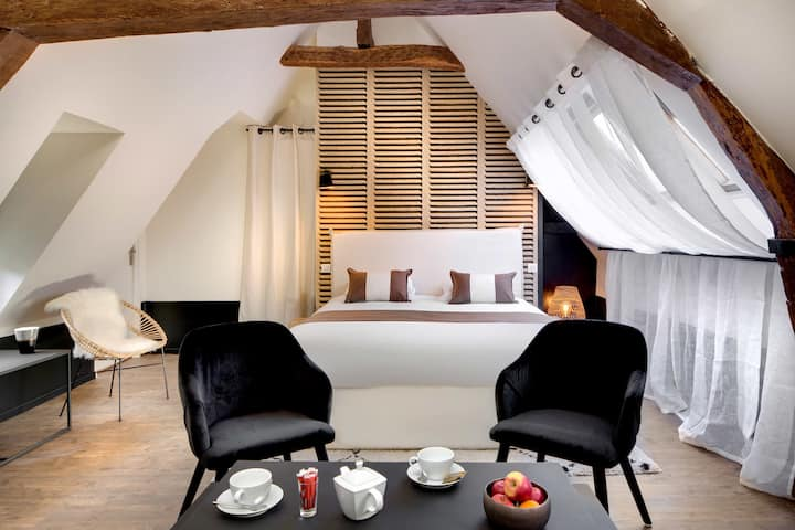 Maison des Ducs - 3rd Floor - Heart of Dijon