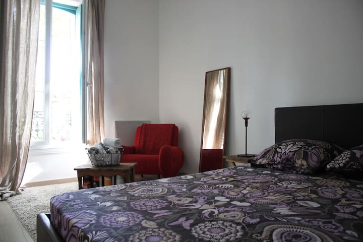Apartment in town center, ideal for couples