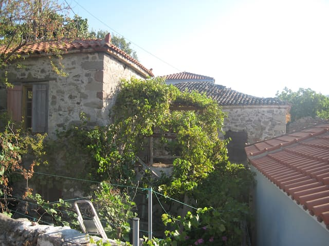 greek typical home village - Eresos - 獨棟