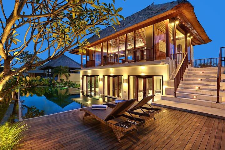 3 BDR Luxury Design Villas at Ubud | HOT DEAL !!!