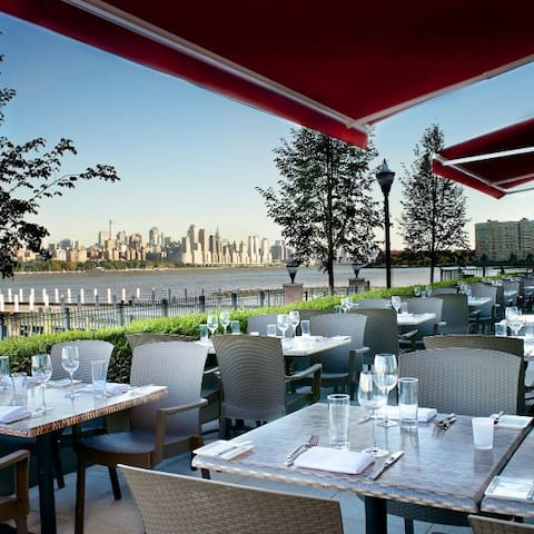 Haven Restaurant's outdoor dining during the summer.
