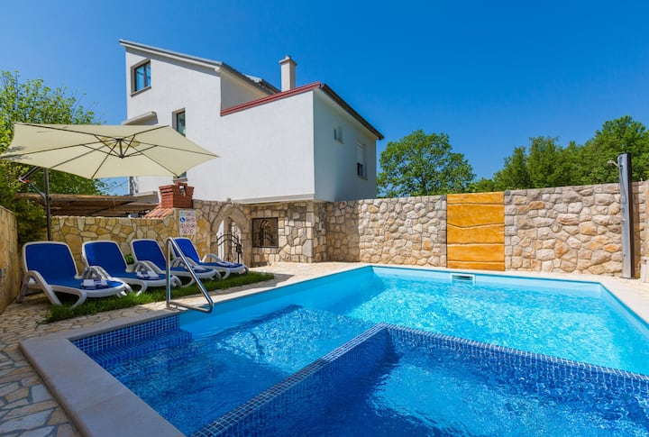 Two Bedroom Apartment, in Grižane, Outdoor pool, Terrace