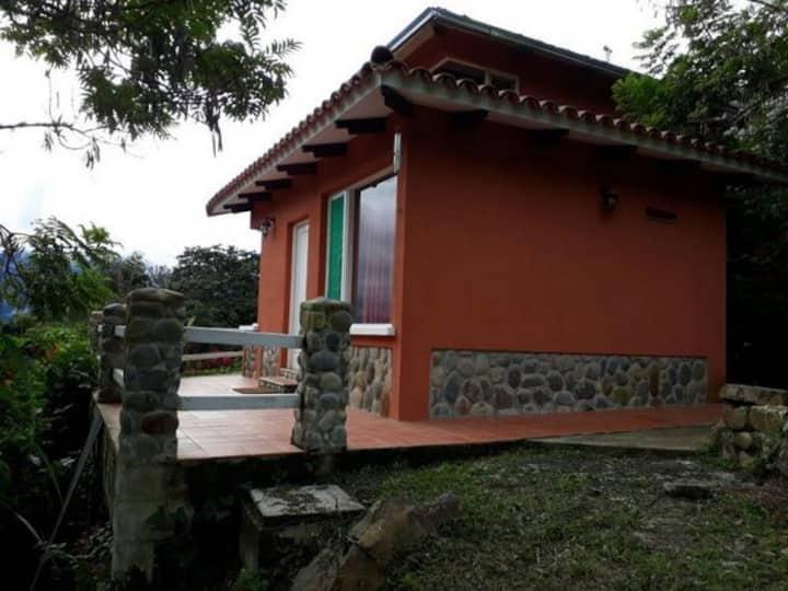 CABAÑA FIORI EN HOUSE-HOTEL VILLA SARACENA
