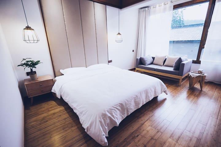 山吹民宿 #3 - 一只日式浴缸,一片大空间的夏日小清新房