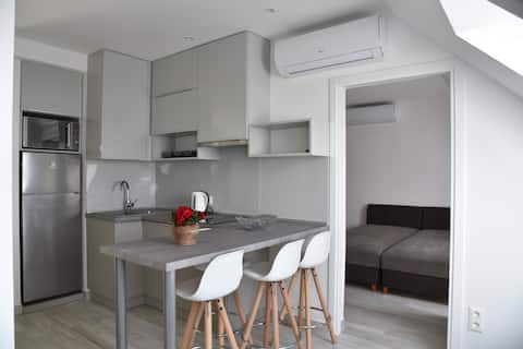 Zsolna Apartman panorámával a Balatonra