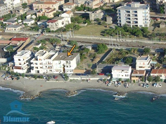 BLUMAR affitti app 38 Lungomare Pellaro n167 RC It - Reggio Calabria - Apartament