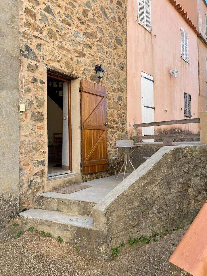 Maison typique village de Piana