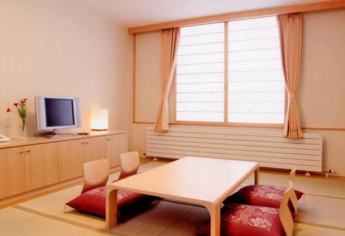 【Tokachi area】十勝エリア,Onsen open-air bath available,Free Wi-Fi,Japanese style room(4 pax)[Breakfast included]