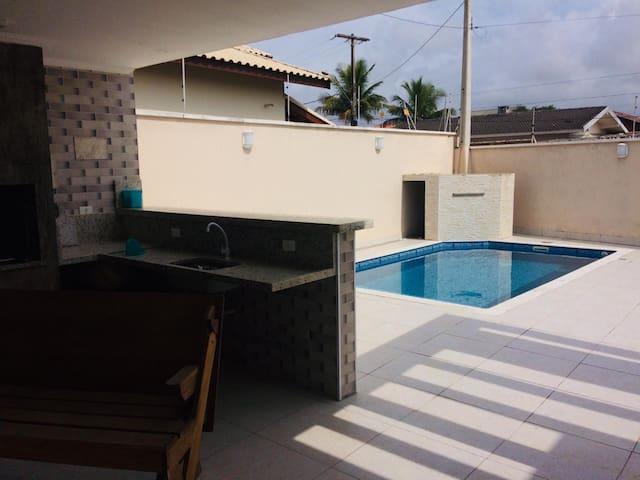 Casa com piscina - Jardim Icaraiba - Peruibe- SP