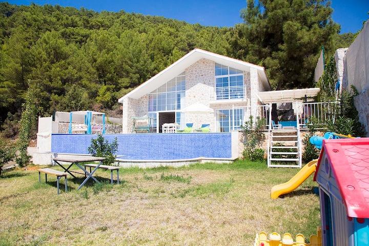 Villa Hira Muhafazakar Yazlık Villalar 4 Kişilik