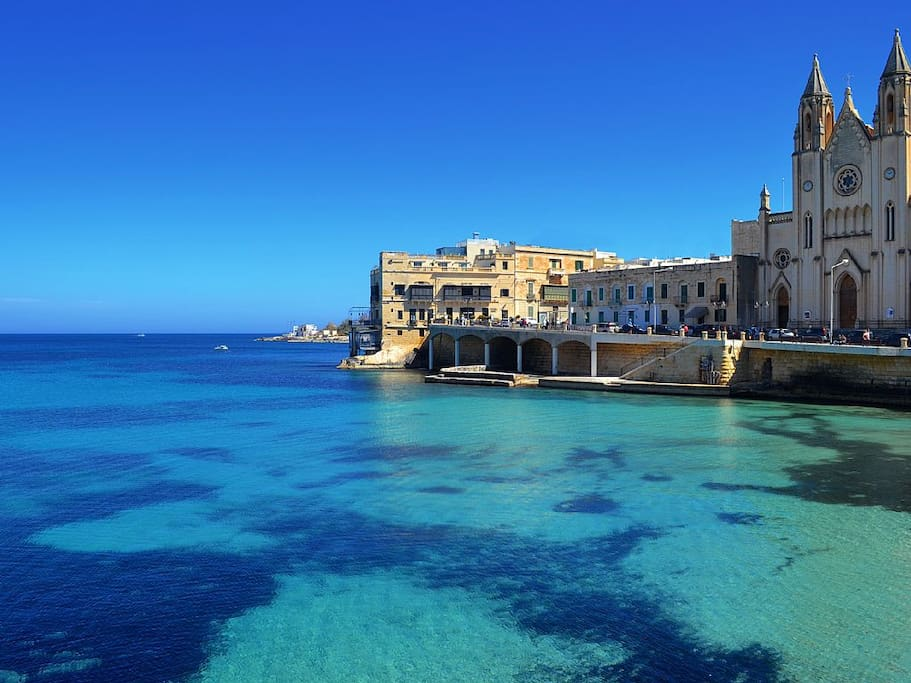 Balluta bay in sliema , 7 minutes down the road from the flat....