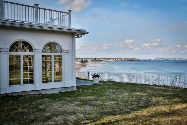 Beachfront home with private beach - Swampscott - Haus