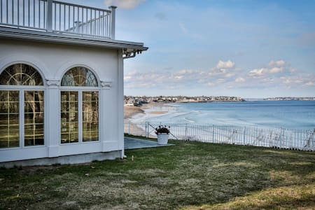 Beachfront home with private beach - Swampscott