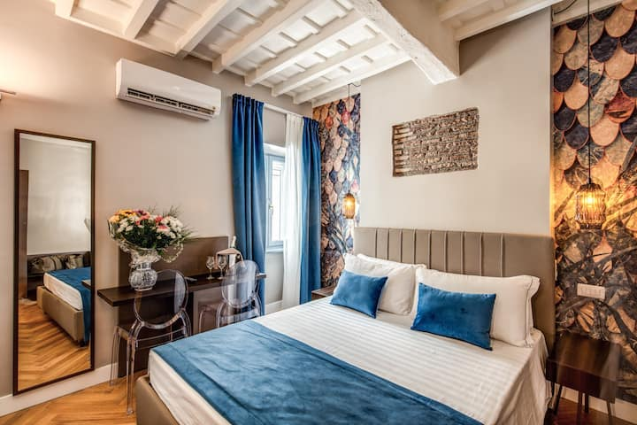 Maison d'Art Apts nearby Piazza Navona (2 people)