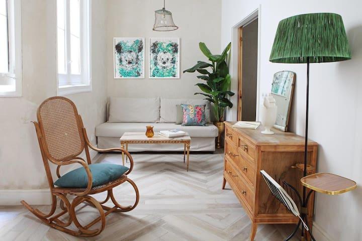 Exclusive design apartment in MALASAÑA