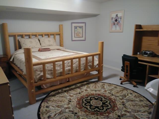 Master bedroom, king bed & desk