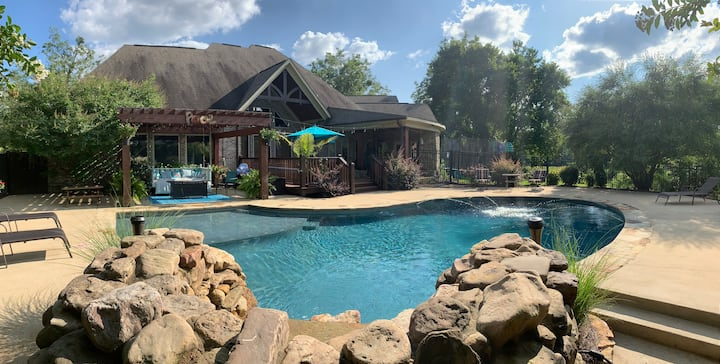 Heated pool for spring break family vacation.