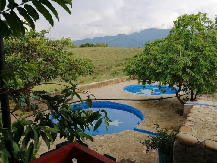Cabaña en Finca muy cómoda y bonita 4 kms de Neiva