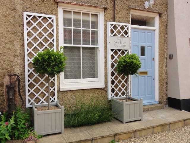 Sky Blue Cottage - Perfect for two! - Cley next the sea - Casa