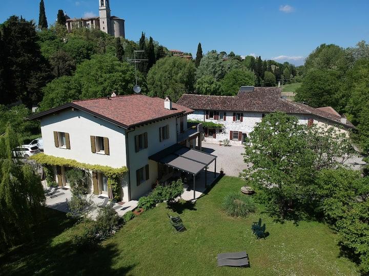 L'Isolo case vacanza vicino al Lago di Garda