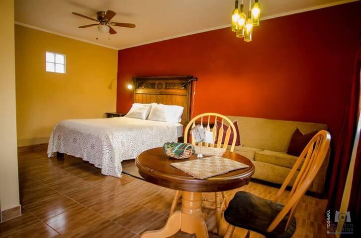Private room @ wine route in Baja