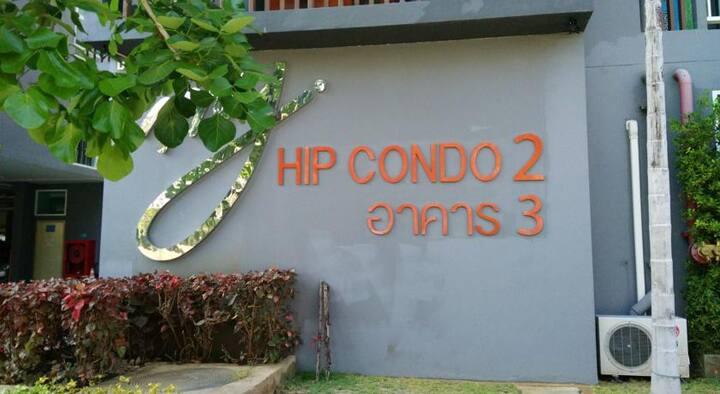 My Hip Condo 2  & brandnew unit & fully furnished