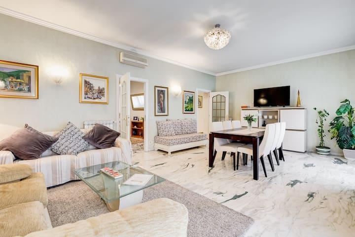 JND Holidays big apartment near San Pietro