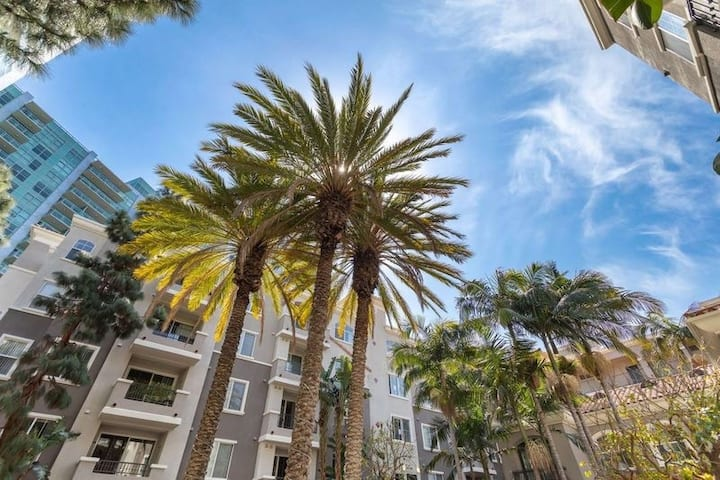 Luxury High-End Marina del Rey Apt w/ FREE Parking