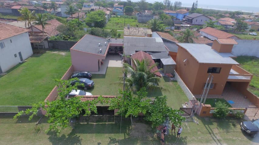 Casa c/ 3 suítes perto da praia - Ilha Comprida/SP