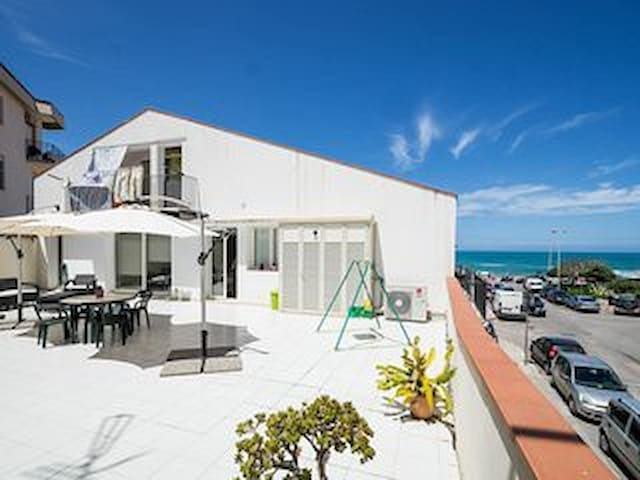 The Sunny House - Cefalù - Appartement