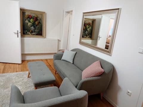Liebevoll eingerichtetes Apartment im Zentrum