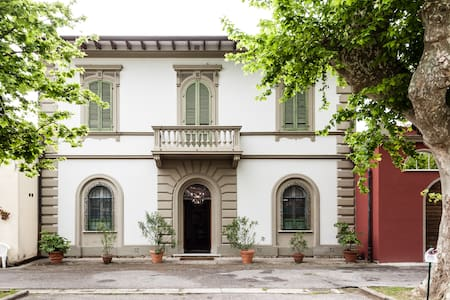 Villa d'epoca con Jacuzzi