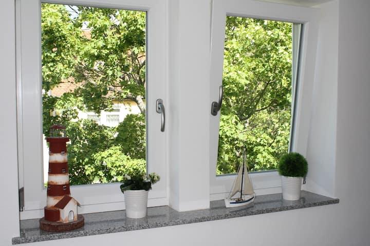 Räubernest: charmante, kleine DG-Wohnung