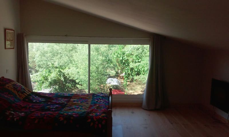 Chambre à la campagne - Berre-les-Alpes - Casa de huéspedes