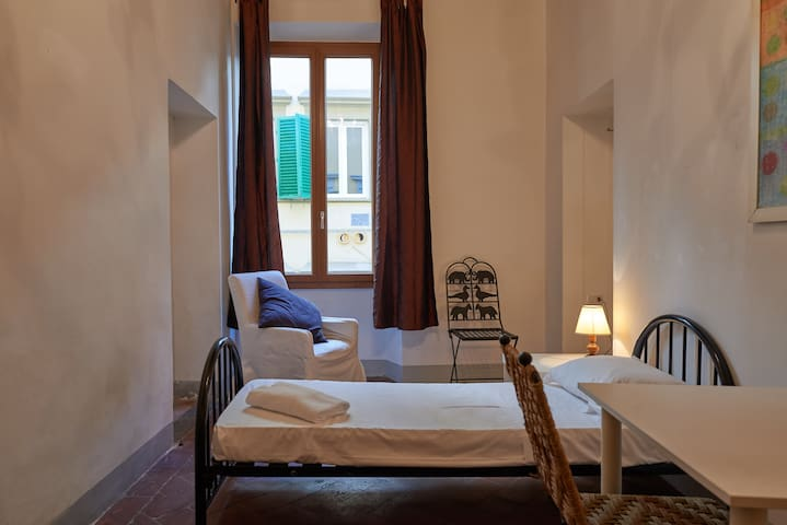 Cute 2-bedroom apartment in Florence - Florencja - Apartament