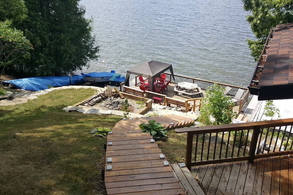 Steps down to the lake and lower deck