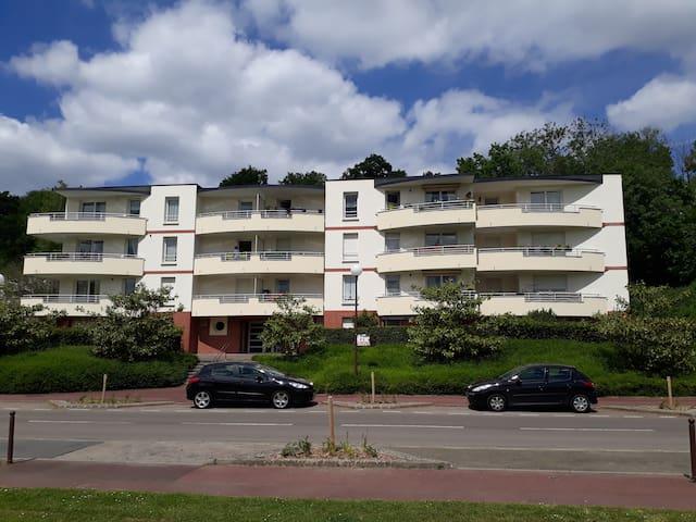 Très beau F4 de 86 m² idéal visite Normandie