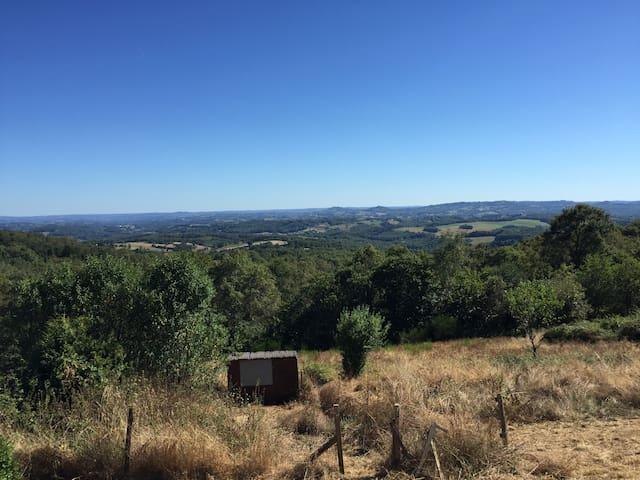 Maison vue imprenable en Correze - Lascaux