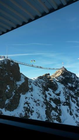La Suisse, la Montagne, le Glacier 3000, le Rêve
