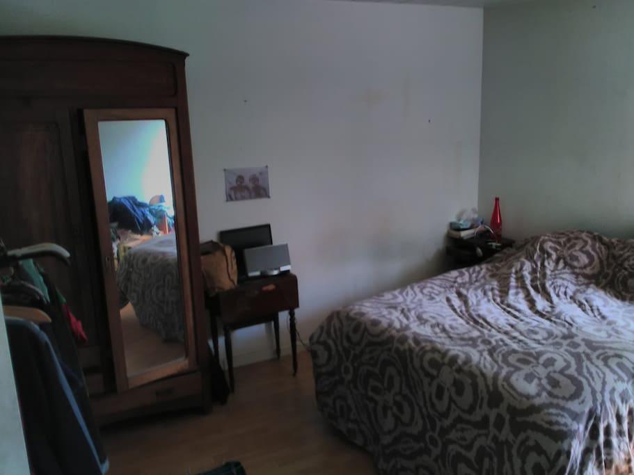 chambre studio avec sdb et wc