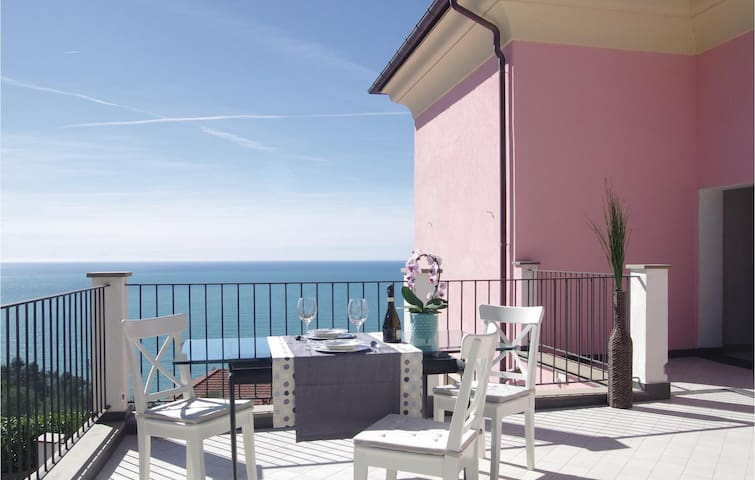 Holiday cottage with 4 bedrooms on 260m² in Chiavari -GE-