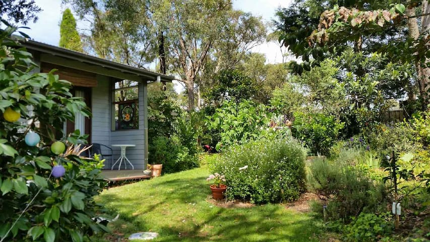 Garden Cabin, Lawson Blue Mountains - Lawson - Houten huisje
