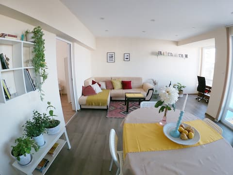 By the CATHEDRAL · TOP center ·  2 Bedroom FLAT