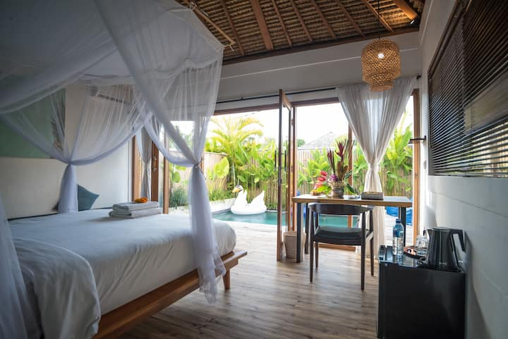Gorgeous private villa - mins to surf & La Brisa