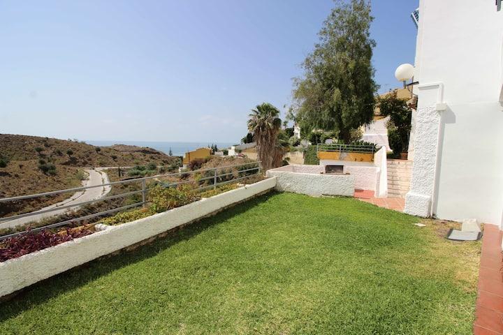 Bella Vista, microclima, jardin, dos piscinas, superplaya, Costa del Sol