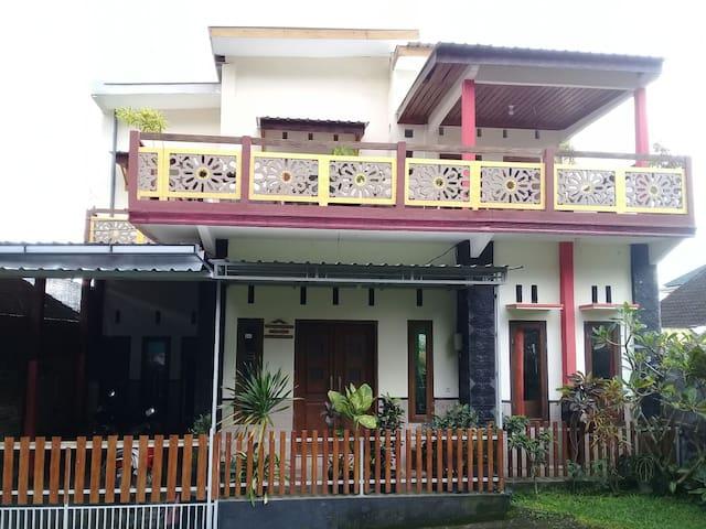 Homestay Syariah Cempaka Batu - Three Bedroom