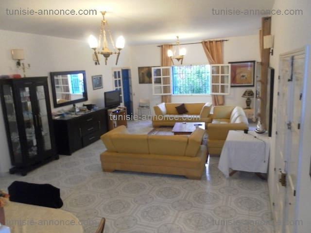 Villa idéalement placée à Raf Raf - Rafraf