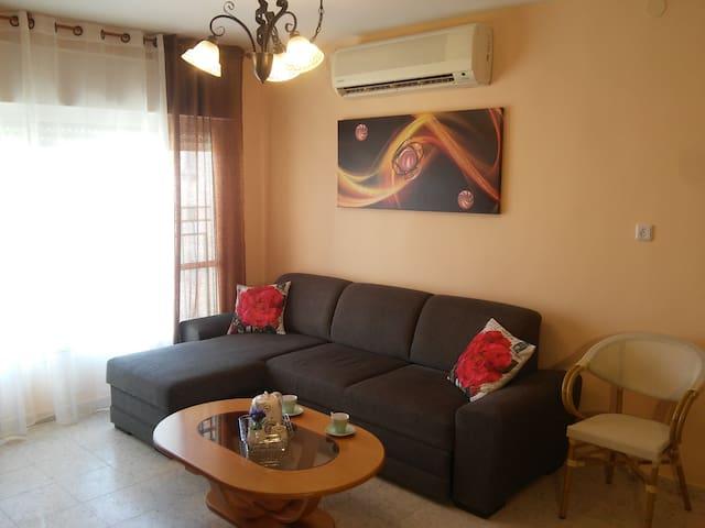 Desert Sun Apartments - Arad - Byt