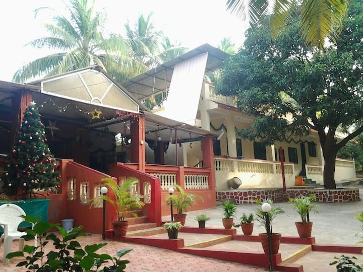 PALMLANDS HOLIDAY HOME, GORAI.