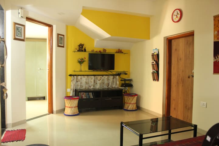 Cosy and Quiet Nook Amidst Greenery - Pune - Bed & Breakfast